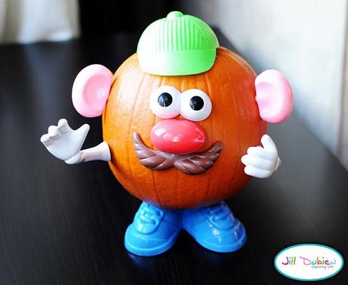 Pumpkin Carving Hacks - Mr & Mrs Pumpkin Head