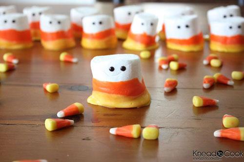 Halloween Food Ideas - Candy Corn Marshmallow People
