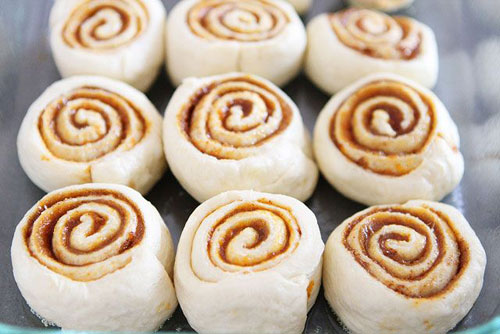 50+ Best Pumpkin Recipes - Mini Pumpkin Cinnamon Rolls