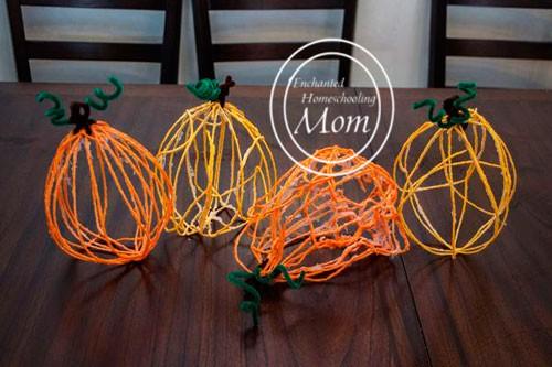 Fall Crafts for Kids - Yarn Pumpkin Kids Craft