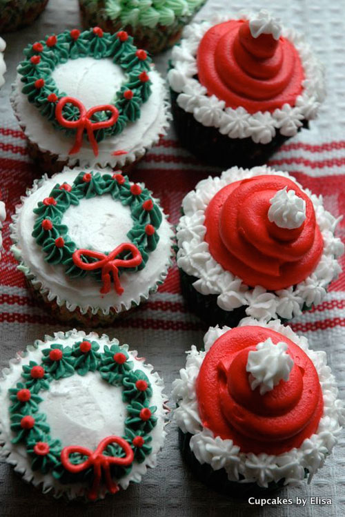 30 easy christmas cupcake ideas chocolate wreath cupcakes - Christmas Cupcake Decorations