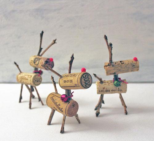 36 Easy Christmas Crafts - Crafty Cork Reindeers
