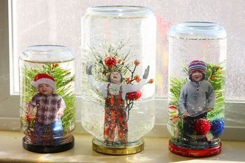 36 Easy Christmas Crafts - DIY Snow Globes with a Sentimental Twist