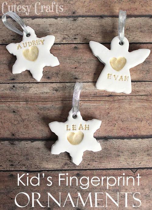 38 Handmade Christmas Ornaments - Fingerprint Christmas Ornaments