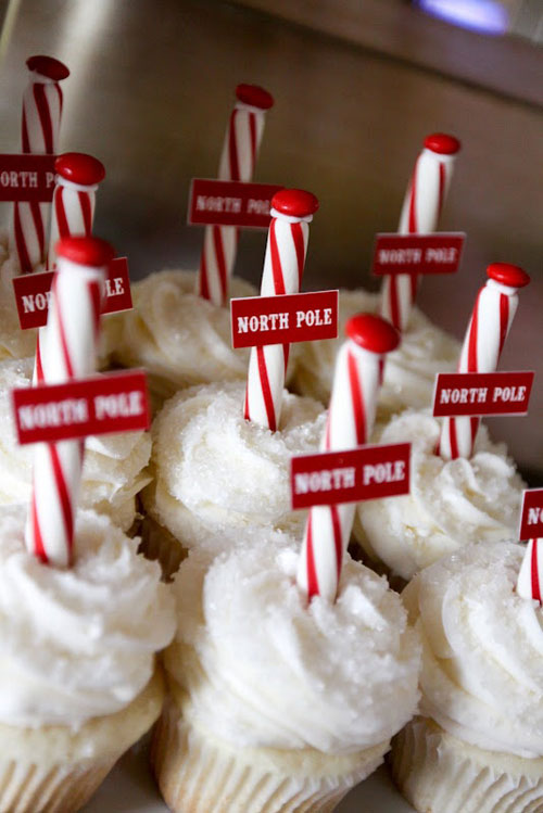 30+ Easy Christmas Cupcake Ideas - North Pole Cupcakes