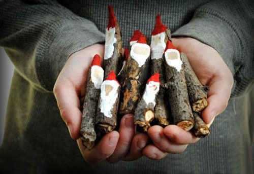 36 Easy Christmas Crafts - Santa Plant Markers