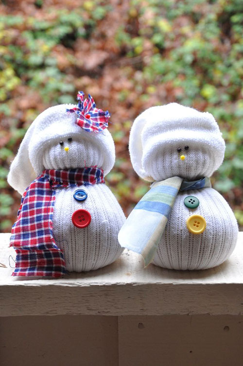 36 Easy Christmas Crafts - Sock Snowmen