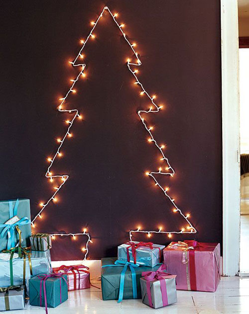 18 Clever Christmas Light Crafts - 2-D Tree
