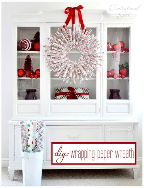 19 Christmas Wrapping Paper Crafts - DIY Wrapping Paper Wreath