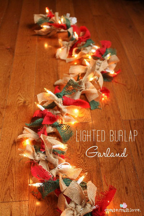 18 Clever Christmas Light Crafts - Lighted Burlap Garland