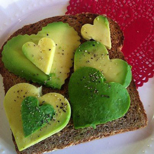 30+ Healthy Valentine's Day Food Ideas - Avocado Valentine