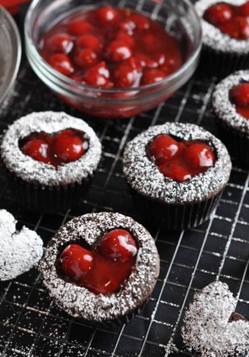 35+ Valentine's Day Cupcake Ideas - Cherry Cordial Cupcakes