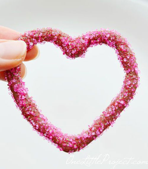 44 Sweet Valentine's Day Treats - Chocolate Heart Outlines