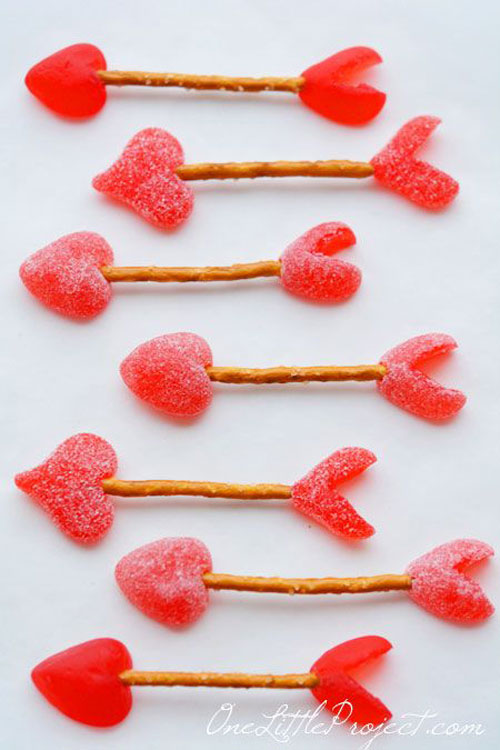 44 Sweet Valentine's Day Treats - Easy Cupid's Arrow Pretzels