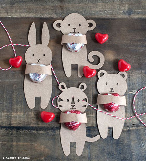 40+ Cute Valentine Ideas for Kids - Kids Valentine's Hugger