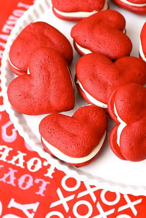 44 Sweet Valentine's Day Treats - Red Velvet Whoopie Pies