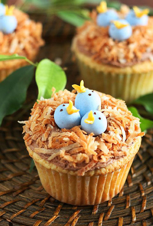 35 Adorable Easter Cupcake Ideas - Bird's Nest Cupcakes