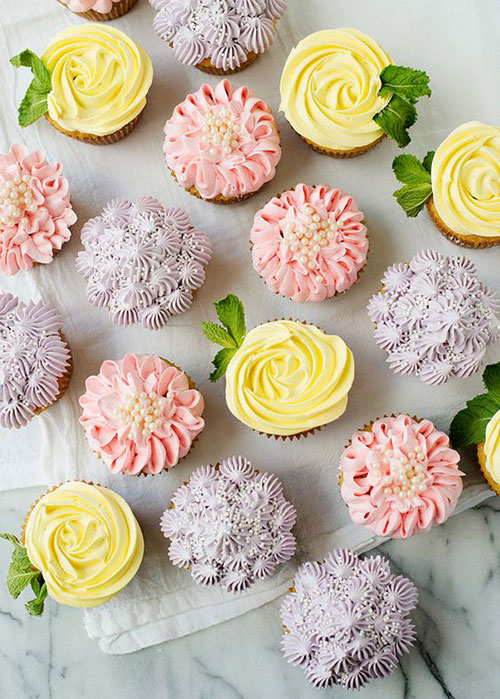35 Adorable Easter Cupcake Ideas - Flower Cupcakes
