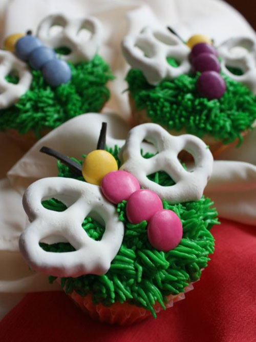 35 Adorable Easter Cupcake Ideas - Vanilla Butterfly Cupcakes