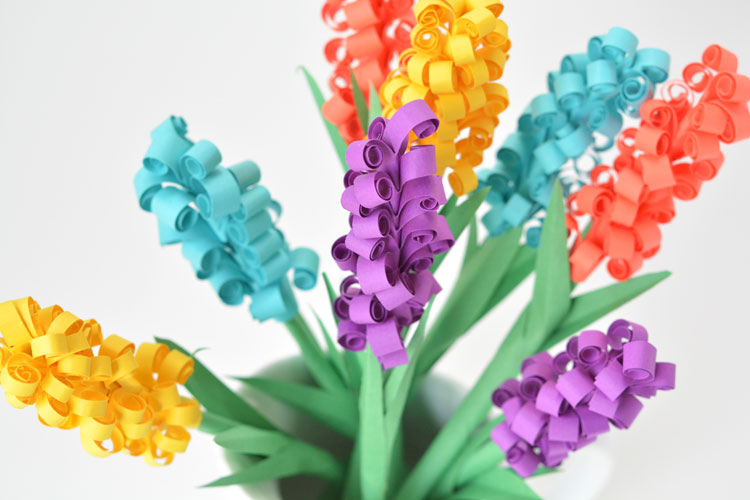 How to make paper hyacinth flowers these paper hyacinth flowers are easy to put together and make a gorgeous diy bouquet mightylinksfo Choice Image