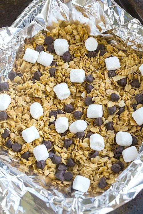 30+ Best Campfire Desserts - Campfire S'mores Granola