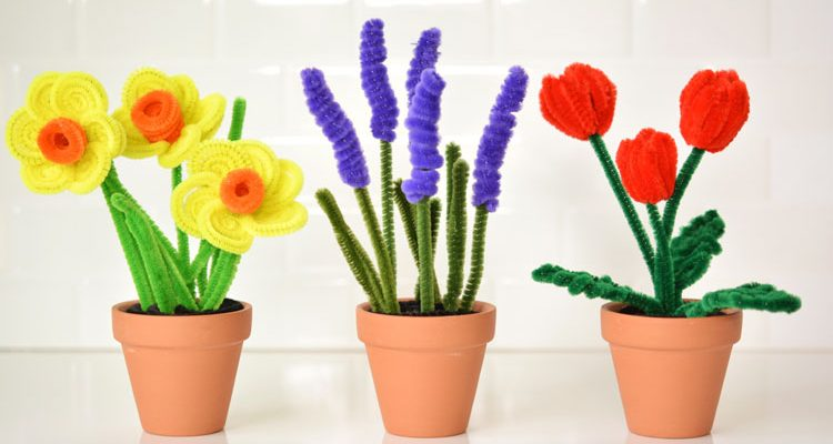 Pipe Cleaner Daffodils and Tulips