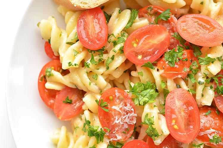 Easiest One Pot Pasta   Cherry Tomato Rotini