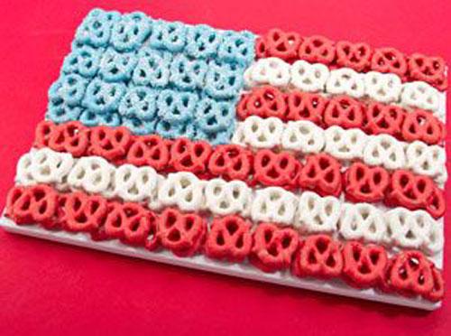 50+ Best 4th of July Desserts - Pretzels Flag