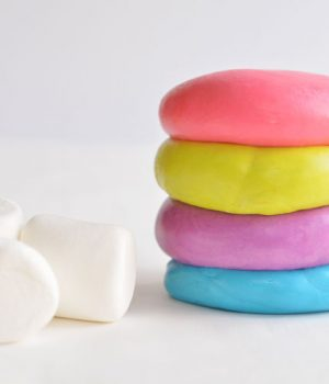 Edible Marshmallow Play Dough