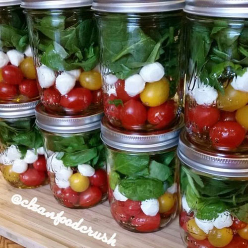 33 Healthy Mason Jar Salads - Grab and Go Caprese Salad