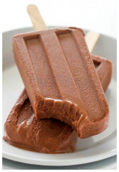25 Best Homemade Popsicle Recipes - Greek Yogurt Fudge Pops