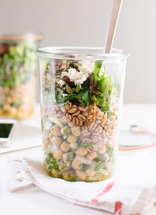 33 Healthy Mason Jar Salads - Mason Jar Chickpea, Farro and Greens Salad