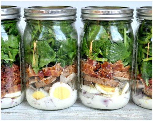 33 Healthy Mason Jar Salads - Spinach and Bacon Mason Jar Salad
