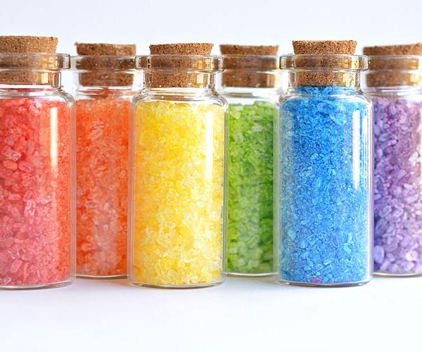 How to Make Homemade Glitter