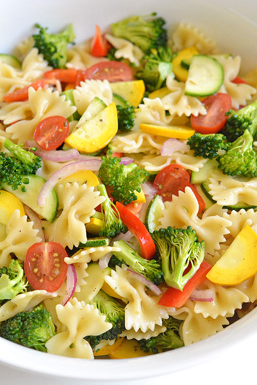 This Garden Vegetable Pasta Salad Is SO GOOD Its Loaded With Fresh Ingredients In Almost
