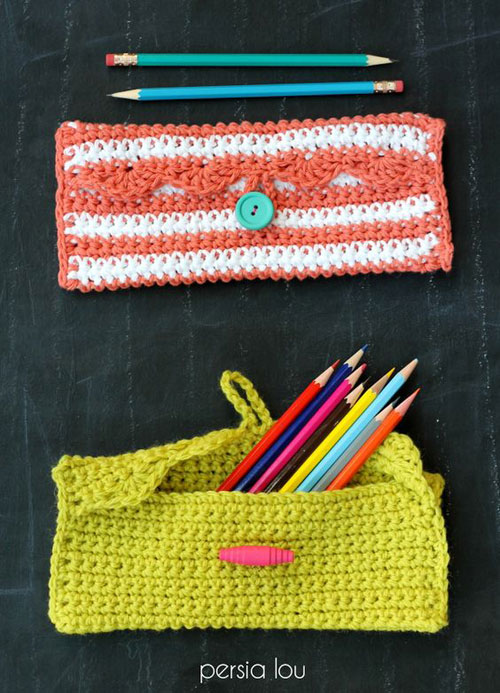 25 Back to School Craft Ideas - Pencil Pouch Crochet Pattern