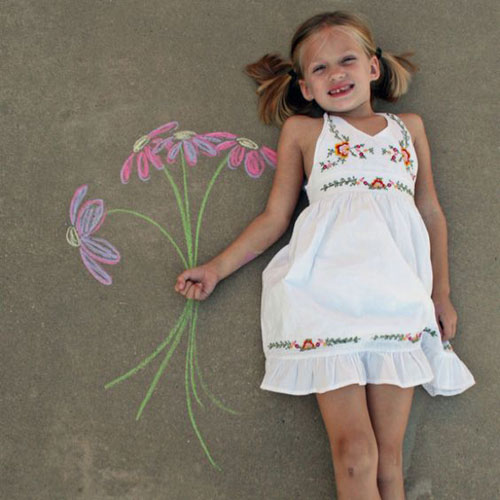 22 Totally Awesome Sidewalk Chalk Ideas - Picking Flowers Chalk Art