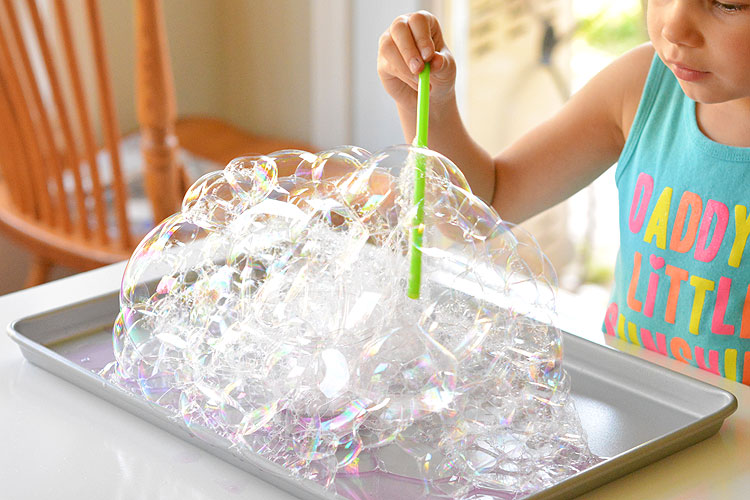 These bubble towers are ridiculously easy to make and they are SO MUCH FUN. It takes less than 2 minutes to put together and will keep the kids going for ages! What an easy boredom buster!