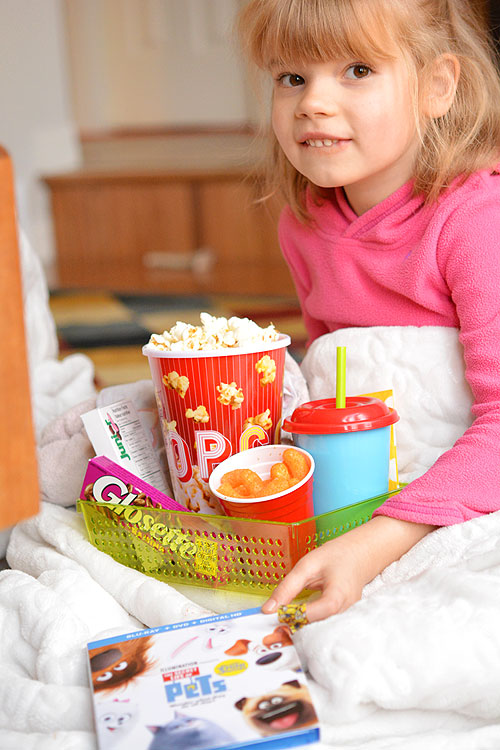 Movie Night Snacks - Stop the arguments about sharing and make everyone an individual movie treat using dollar store bins!