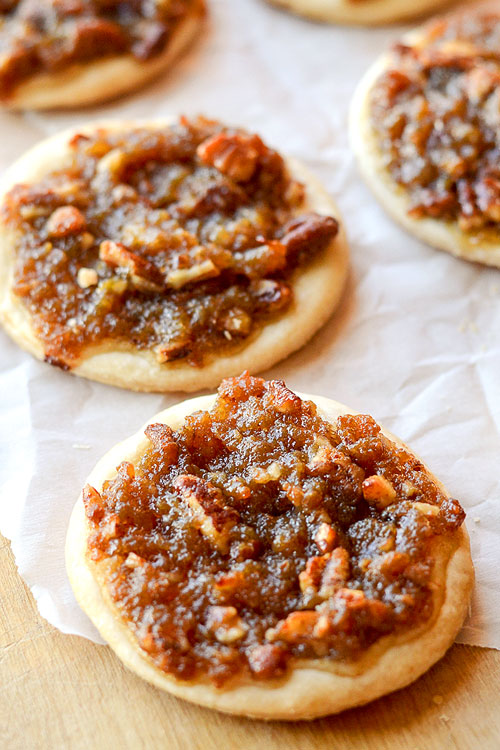 These pecan pie cookies are SO GOOD and come together quickly with just a few simple ingredients! All the deliciousness of pecan pie in a bite sized cookie!
