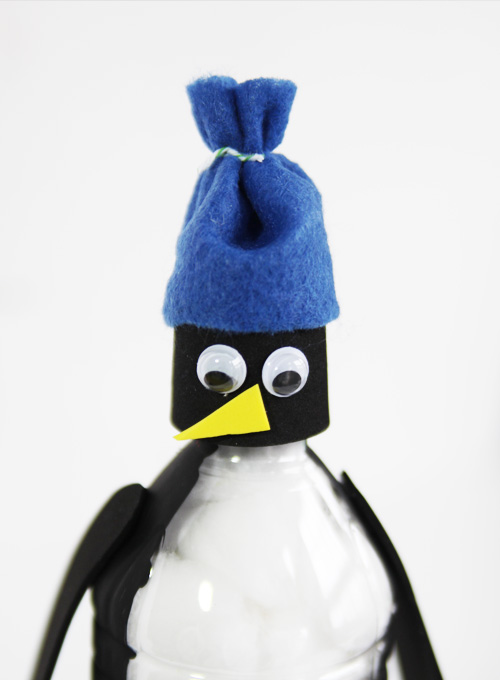 These water bottle penguins are super cute and easy to make. It's the perfect winter kids activity for a cold day!