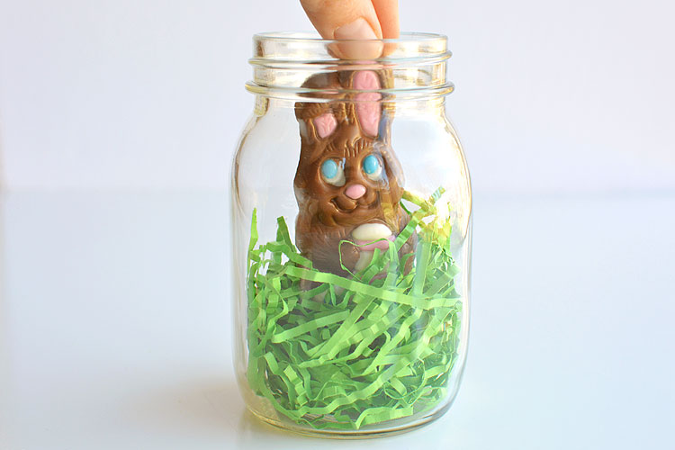 Mason jar easter gifts chocolate bunny mason jars these mason jar easter gifts are so easy and theyre so cute this negle Choice Image