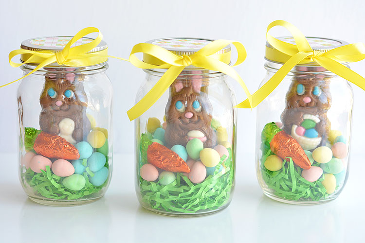 Mason jar easter gifts chocolate bunny mason jars these mason jar easter gifts are so easy and theyre so cute this negle Image collections