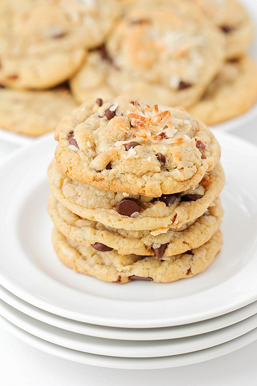 These coconut pecan chocolate chip cookies are an amazing combination of flavors and textures, and so addictingly delicious!
