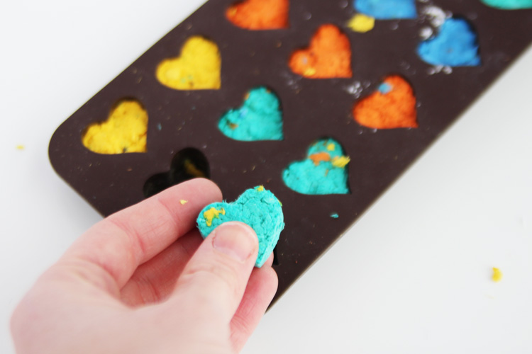These adorable little seed bombs are so easy to make and would make a lovely Mother's Day or teacher gift! Kids of all ages will love helping with this DIY garden craft!