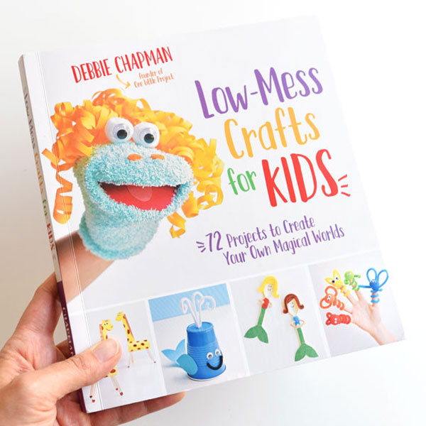 Low Mess Crafts for Kids Book