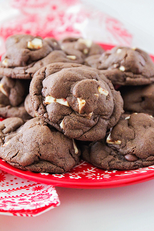 These peppermint chocolate cookies have the perfect soft and fudgy texture, with a sweet combination of flavors that's delicious and festive!