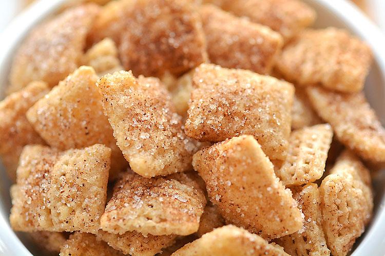 Cinnamon Sugar Chex Mix: Easy