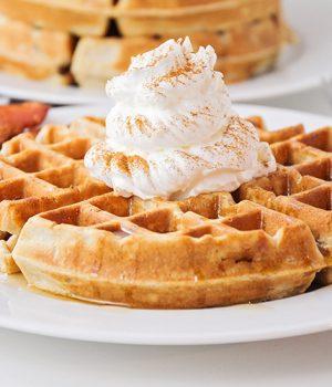 Cinnamon Waffles – Easy and Delicious!