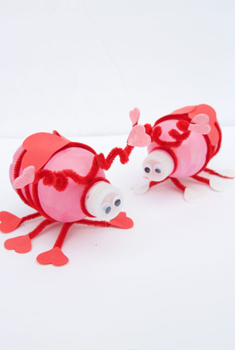 40+ Awesome Pipe Cleaner Crafts - Water Bottle Love Bugs